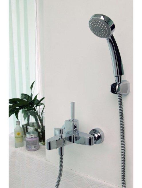 Смеситель Bravat Spring F679113C-01 для ванны